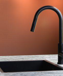 Mizzo keukenkraan Trigo zwart met uittrekbare sproei - douche-kopen